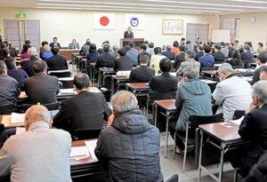立候補予定者説明会に参加した予定者や関係者ら(大津市役所)