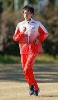報道陣に練習を公開した東京五輪男子マラソン代表の中村匠吾=12日、千葉市