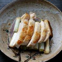 鶏の胸肉と白ネギのユズ照り焼き
