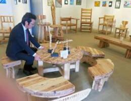 北桑田高森林リサーチ科の3年生による卒業作品展(京都市右京区京北・あうる京北)