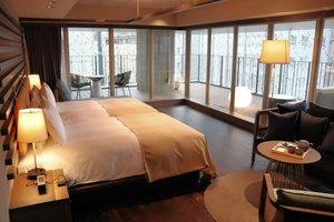 4~9階「グッドネイチャーホテル」の「河原町テラススイート」