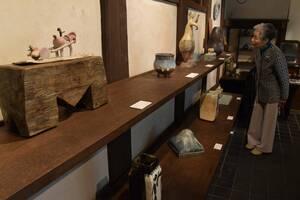 詩情を誘う牧歌的な作品が並ぶ会場(京都市東山区・藤平伸記念館)