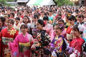 昨年10月に催された長浜きもの大園遊会(長浜市)