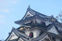 新年へ彦根城すっきり 歳末恒例すす払い