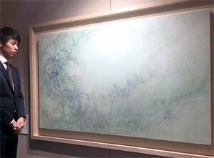 京都信用保証協会の入り口に飾られた京都市立芸術大の学生の絵(京都市下京区)
