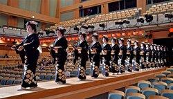 祇園の芸舞妓60人、振りや所作確かめる 21年ぶり東京公演前に舞台稽古