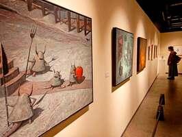 独自の世界観を視覚化した作品が並ぶショーン・タンさんの個展(京都市下京区・美術館「えき」KYOTO)