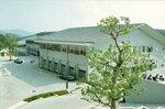 【資料写真】 京都精華大の新情報館(京都市左京区岩倉)