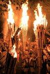 巨大な松明、夜空焦がす 鞍馬の火祭 今年は台風影響なく、3年ぶり完全な形で
